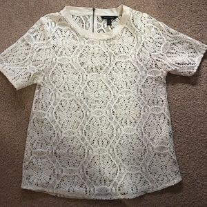 White Banana Republic floral embroidered top